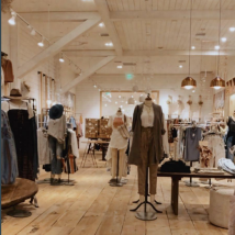 This photo was taken at Free People at the Providence Place Mall in RI. The very popular store is completely empty.